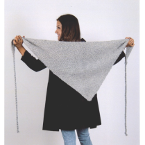 (AY 2912 Triangle Scarf)