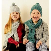 (AY1541 Beanie and Scarf)